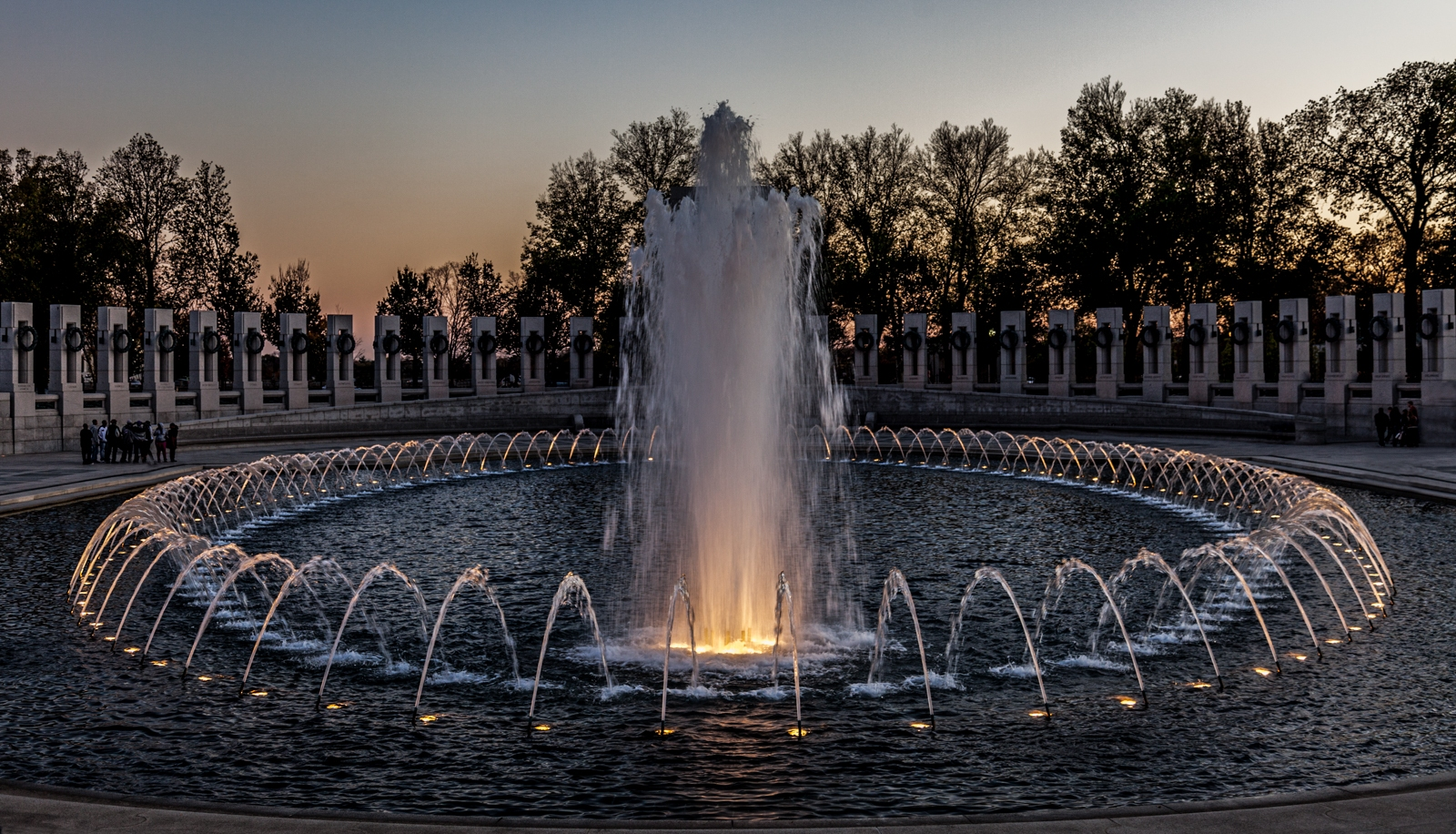 WWII Memorial Washington - Stuart Wards
